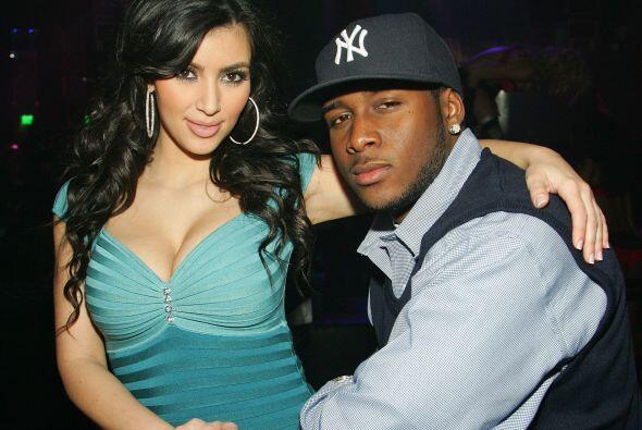 A finales de 2007 comenzó a salir con el jugador de futbol americano, Re...