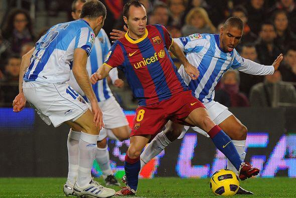 Málaga descontó, pero el Barcelona seguía atacando.