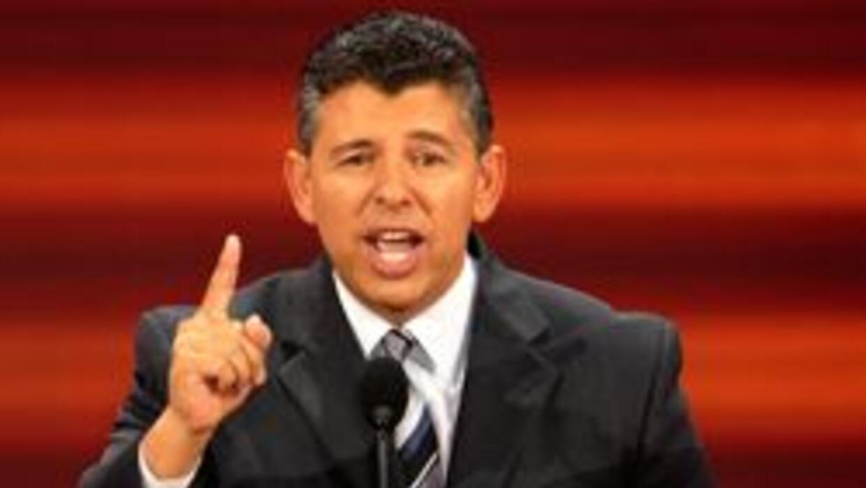 Schwarzenegger nombro al latino Abel Maldonado como nuevo vicegobernador...