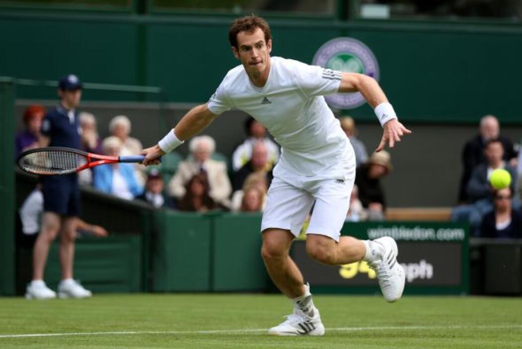 Murray lo logró en tres sets por 6-4, 6-4 y 6-2.