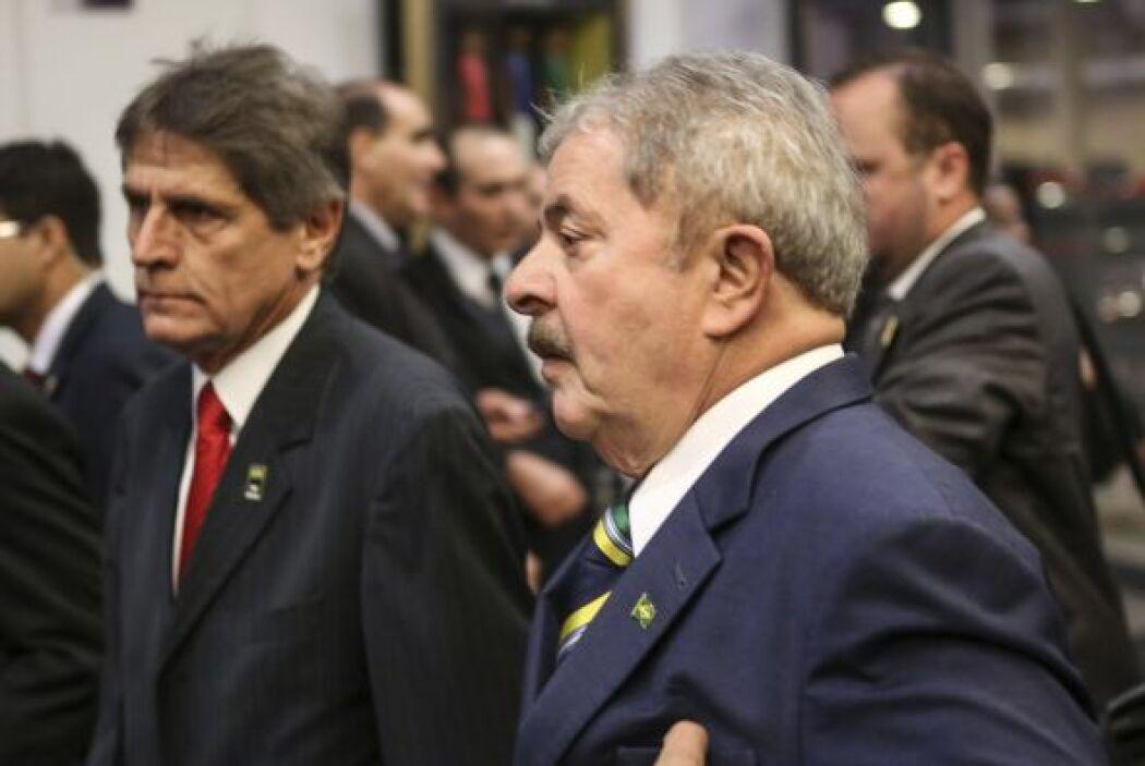 Se le vio cerca de su compatriota Luiz Inácio Lula da  Silva, expresiden...
