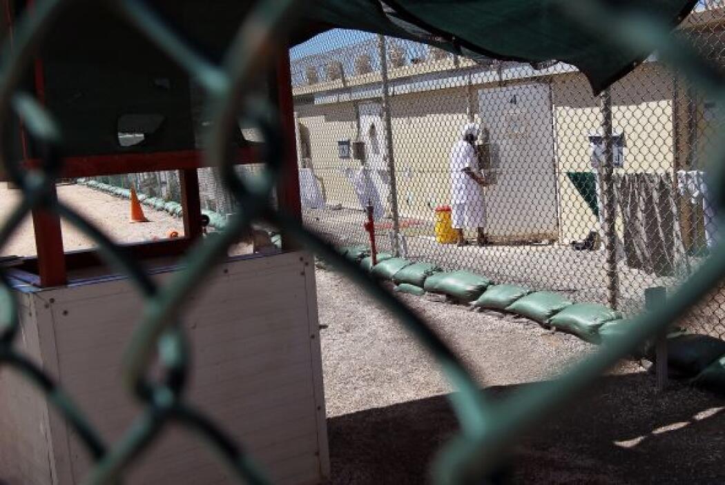 La prisión se encuentra en el extremo sureste de Cuba y está en un terri...