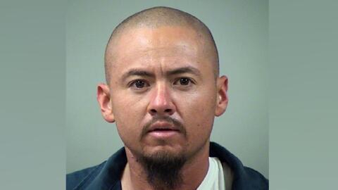 Anthony Garay se encuentra en la cárcel del condado de Bexar con...