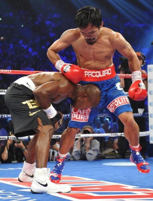 La pelea bajó mucho el rtimo aunque subía por momentos.