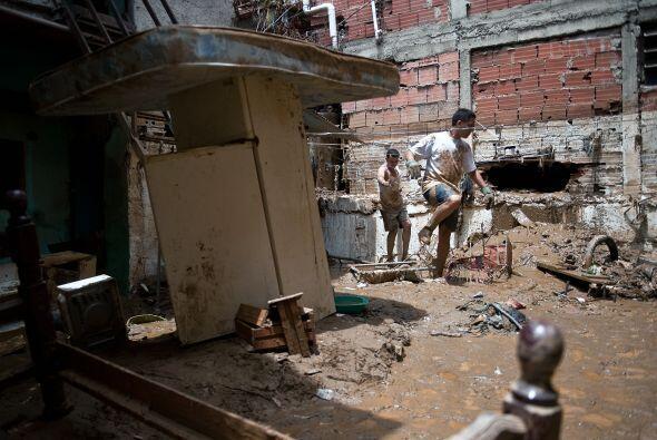 El fenómeno provocó la crecida de ríos y quebradas en varias regiones de...