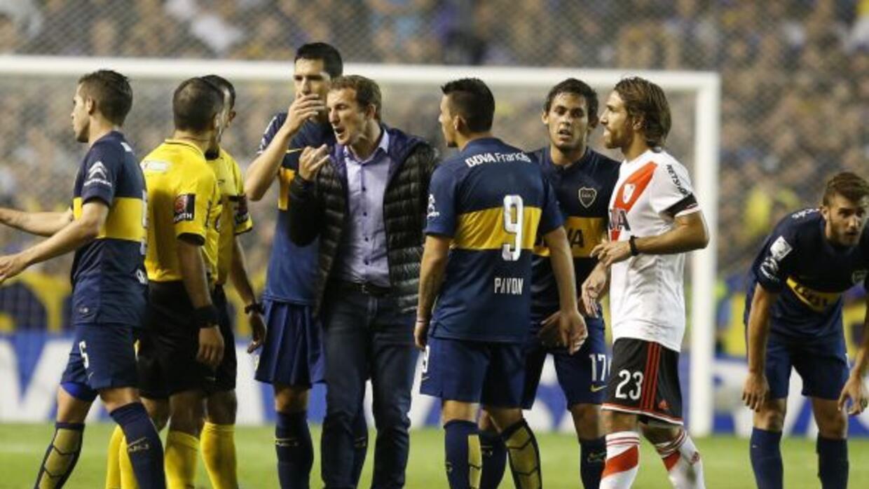 La confederación suspendió a los Xeneizes de la Copa Libertadores