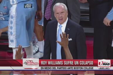 Coach Roy Williams sufre colapso en medio de partido
