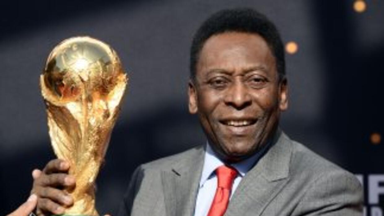 Hace unos días el ex jugador de la selecicón brasileña, fue operado para...