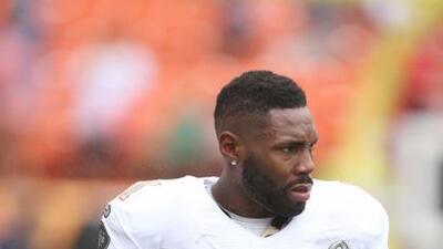 Fue seleccionado en el pasado Pro Bowl (AP-NFL).