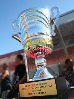 México se llevó el trofeo de este primer evento de El Juego Supremo.