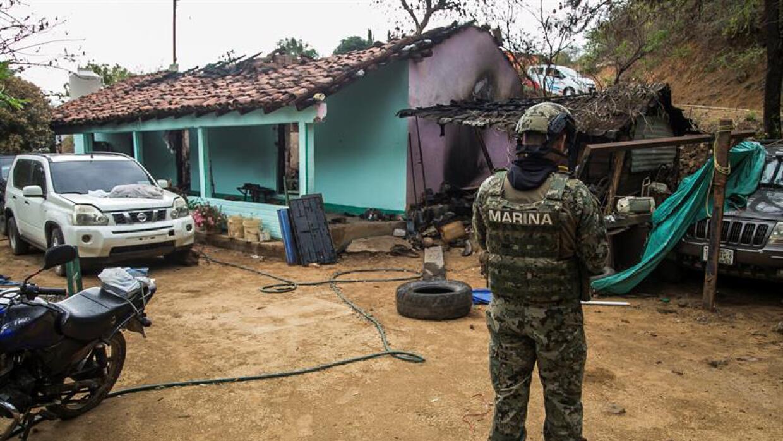 Badiraguato, tras la irrupción violenta de un comando armado a principio...