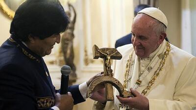 ¿Qué dijo el Papa tras recibir el regalo de Evo Morales?