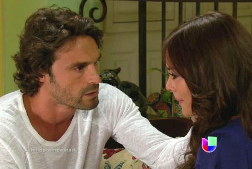 Hernán le dijo a Marina que no podían romper su alianza en la empacadora.