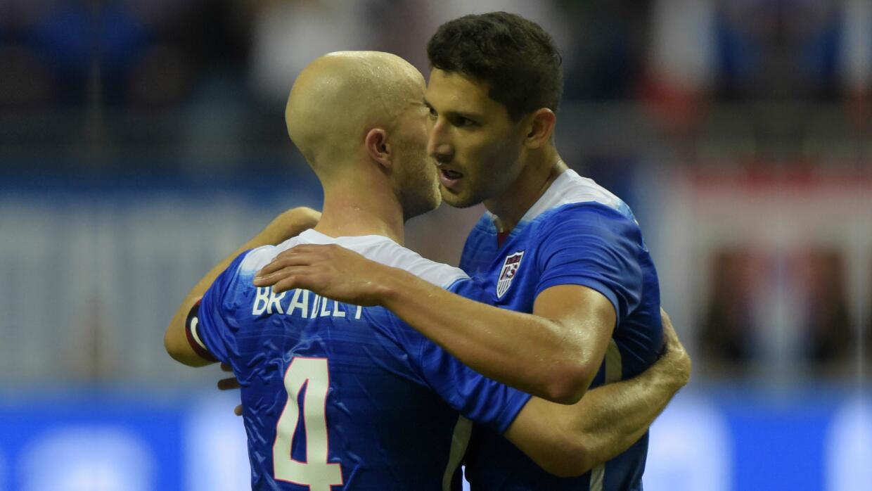 Michael Bradley e Omar Gonzalez foram dois dos 26 convocados por Jürg ...