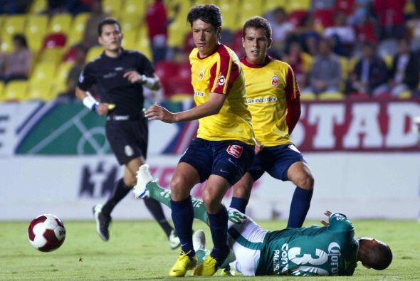 Detrás del ahora futbolista de Monarcas está Fernando Sala...