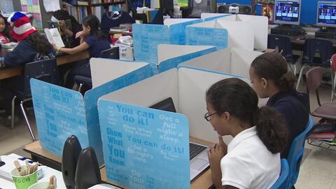 Distrito Escolar de Houston apoyará psicológicamente a estudiantes agobi...