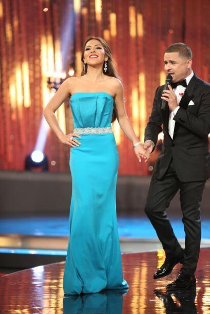 ¿Qué habrá sentido la mexicana cuando el cantante le tomó la mano?