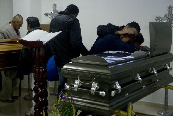 Los diez campesinos asesinados el miércoles, presuntamente por pa...