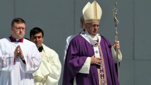 El papa Francisco durante la misa en Ecatepec.