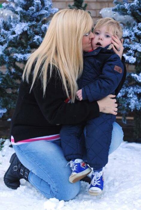 Como era de esperarse, la sorpresa maravilló al pequeño Mason quien desp...