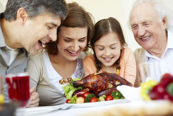 Simplifica. Tu familia estará encantada de pasar Thanksgiving en tu hoga...