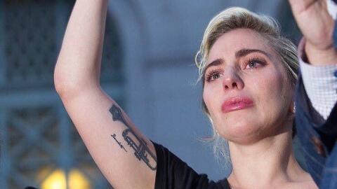 Lady Gaga en la vigilia por Orlando realizada en Los Ángeles.