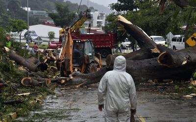En un minuto: la tormenta tropical Otto se convirtió en huracán y se dir...