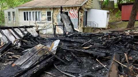 Incendio en casa de negros