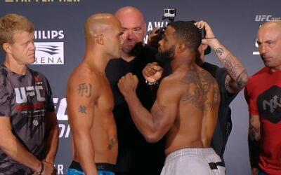 Lawler y Woodley