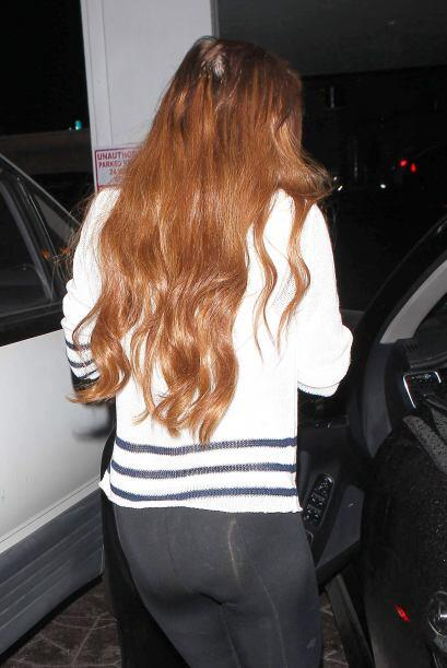 Pareciera  que esta famosa tiene una larga, tupida y sana cabellera ¡per...