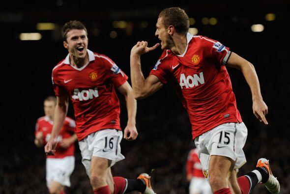 Manchester United venció al Tottenham en el clásico de la fecha.