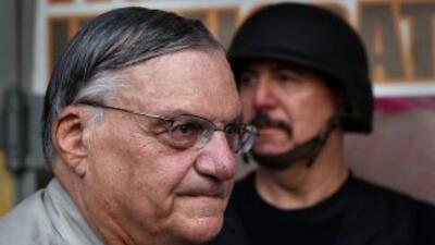 Joe Arpaio, desafiante y a quien tomó por sorpresa el informe del jueves...