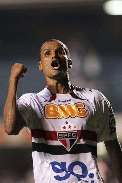 El jugador de 38 años en su regreso a Brasil no defraudó a...