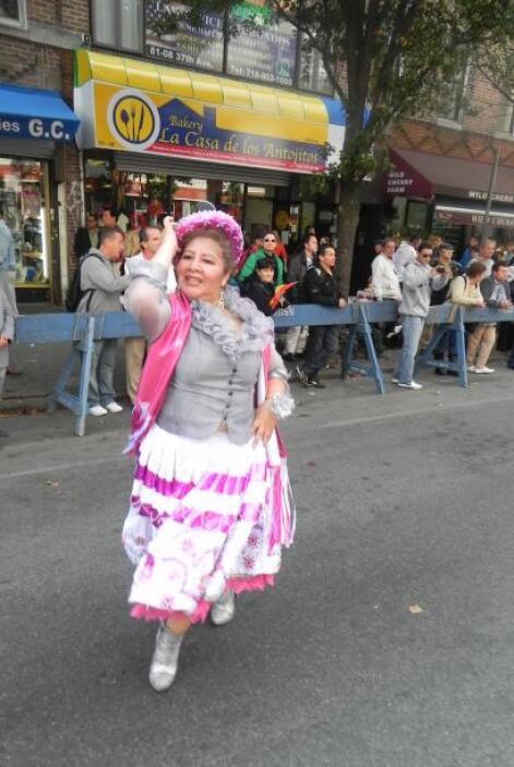 Primer desfile Boliviano de Nueva York 3390f861cd7e4d8faab7f93023c2430f.jpg