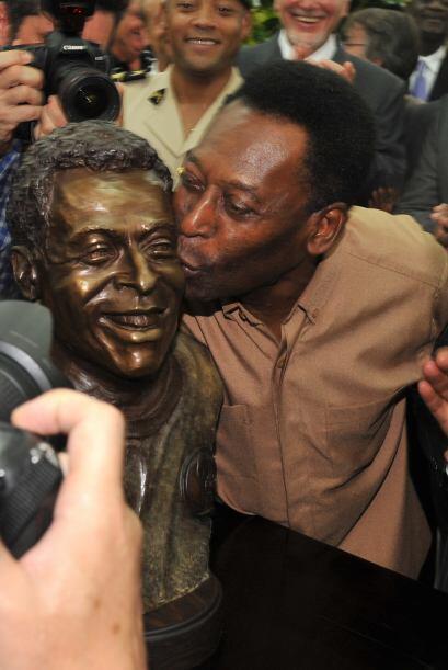 Pelé sigue siendo reconocido en diferentes partes del  mundo.