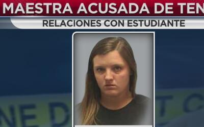 Imponen cargos contra una maestra por presuntamente haber sostenido rela...