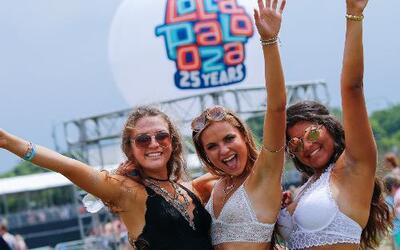 Gran ambiente y mucha buena música el segundo día de Lollapalooza en Chi...