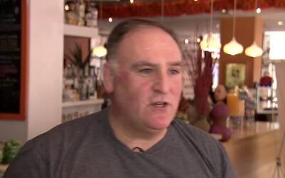 El chef español José Andrés se suma al paro general de inmigrantes en Es...