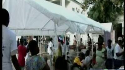 Haitianos de Miami piden ayuda por brote de cólera