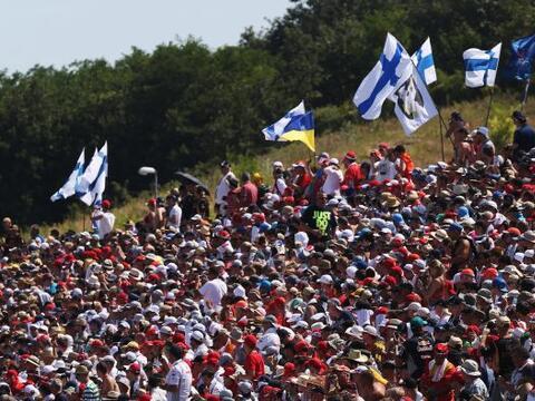 Toda la acción y pasión de la F1 en el circuito  Hungarori...