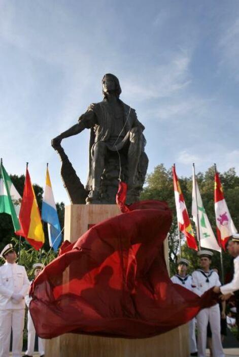 Cristobal Colón: Se le enterró inicialmente en Valladolid en 1506, luego...