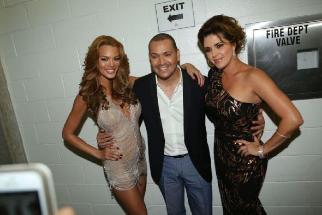 Victor Manuelle rodeado de dos reinas de belleza: Zuelyka Rivera y Alici...