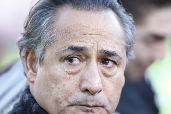 El técnico de la desgracia, Juan José López pasará a la historia como el...