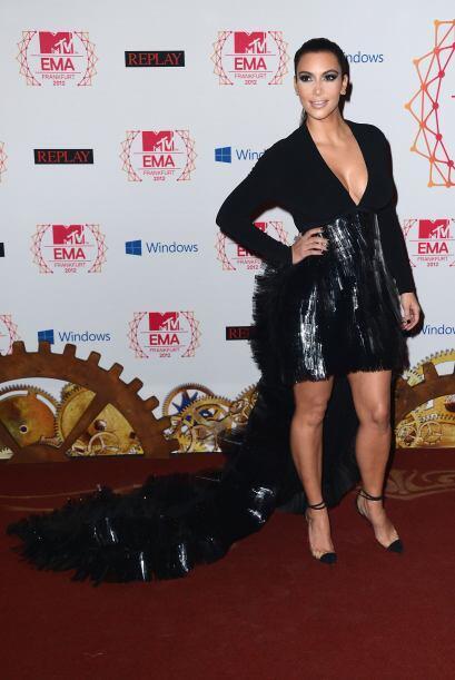 7. Sin embargo, en 2013 presentó un premio en los MTV Emas y, aunque por...