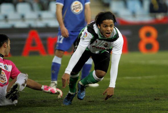 Dos Santos completó una actuación destacada con el equipo cántabro, pues...
