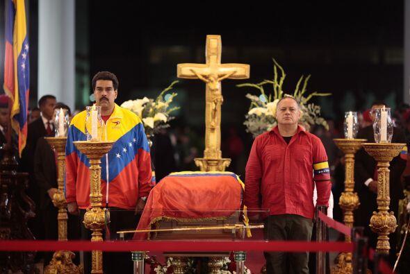 Diosdado Cabello maneja a su antojo las instituciones CADIVI (Comisión d...