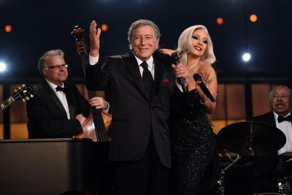 Juntos interpretaron el tema 'Cheek to Cheek'.