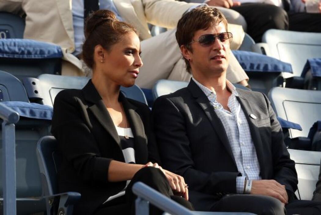 El cantante Rob Thomas y su esposa, Marisol.Mira aquí lo último en chismes.