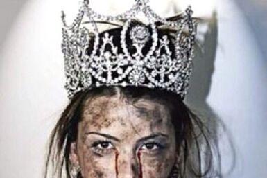 Miss Universo Stefanía Fernández se une a la campaña Mordazas en Venezue...