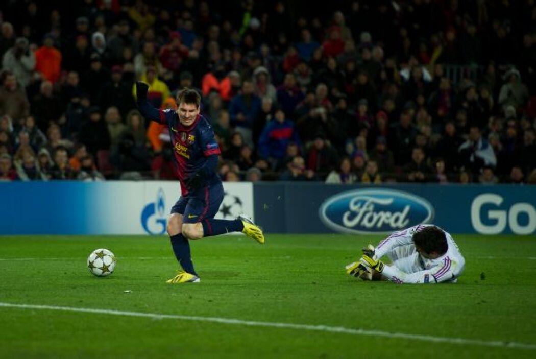 'La Pulga' se vio mano a mano con el portero del Benfica, el balón se le...